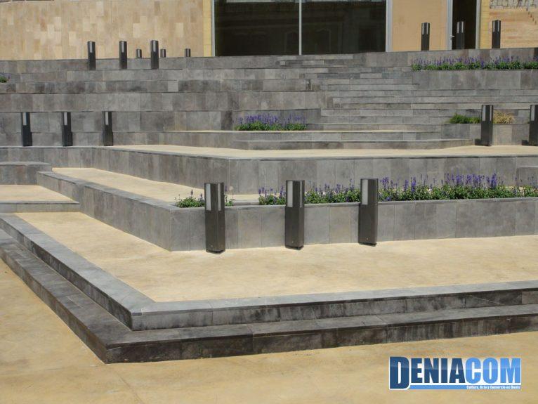 La nueva Plaza del Consell destaca por su diseño vanguardista