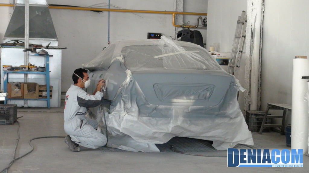 Reparaciones de plancha de coche en Dénia – Talleres Salvá