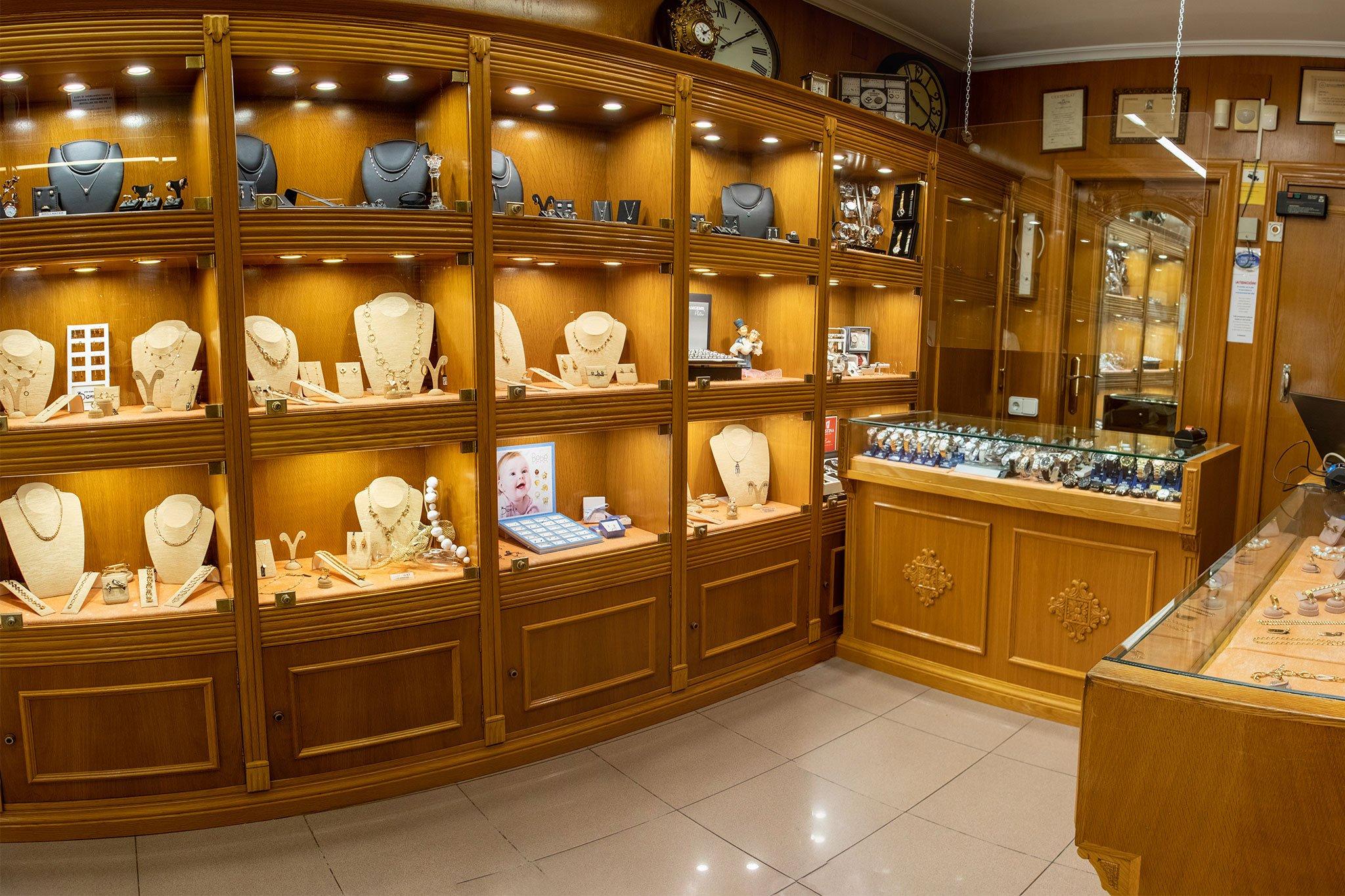Interior de Joyeria Bonilla