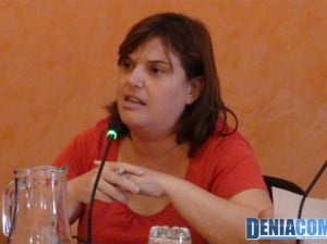 Cristina Morera durante el pleno de agosto