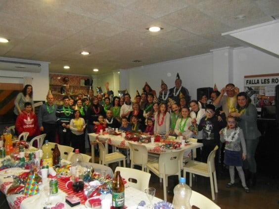 Nochevieja anticipada en la Falla Les Roques