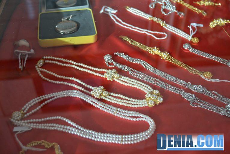 Aderezos y joyas para falleros en Dénia - L'Espolí