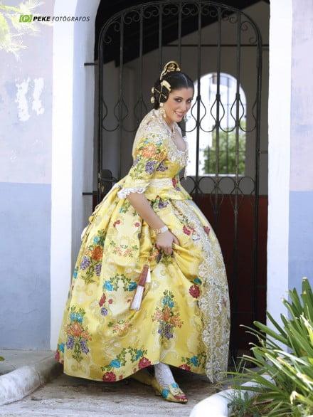 Anna-Sobrecases-Fallera-Mayor-de-Dénia-2012-440 × 586
