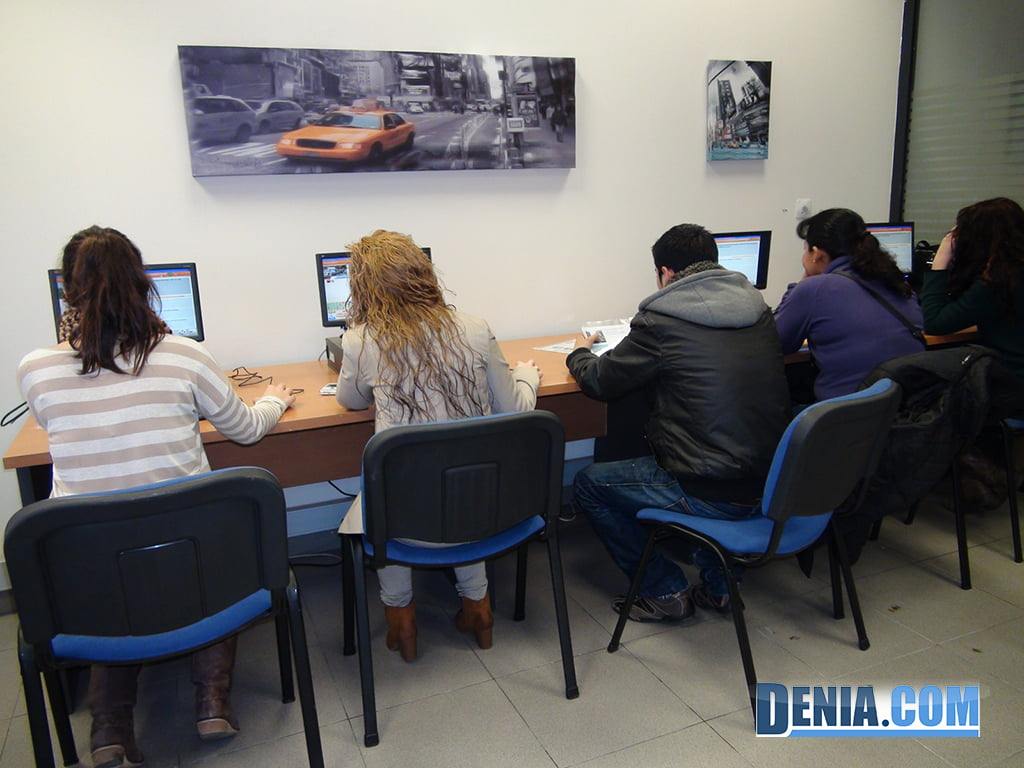 Autoescuela Victoria, recursos de aprendizaje tecnológicos