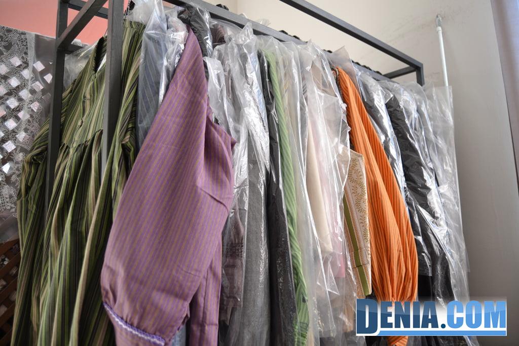 Fallen blouses in Dénia - L'Espolí