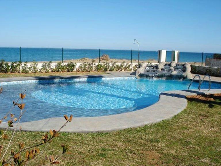 Promotion Alcazaba, 1º Beachfront, Km 3,5, 7 Las Marinas