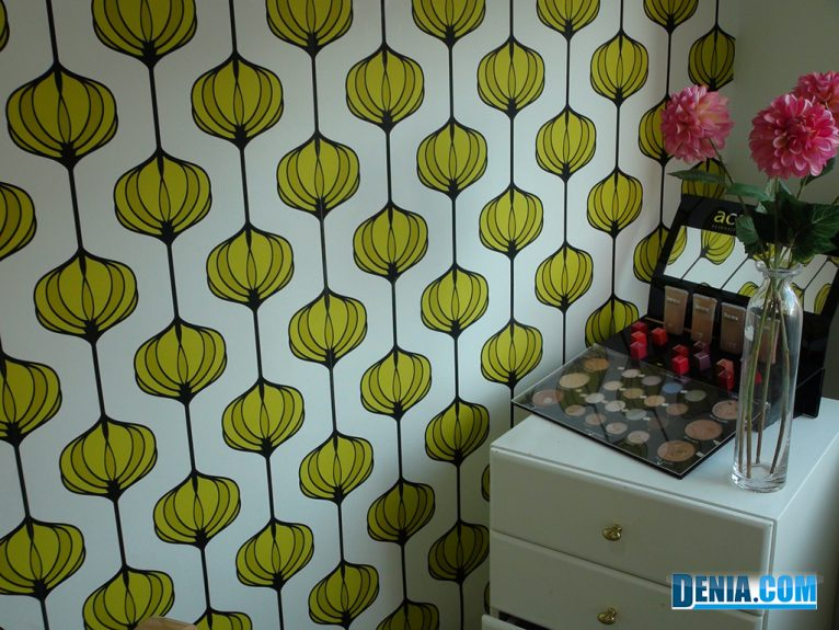 Acrylic Nail Gel and Cosmetic Center Guarana