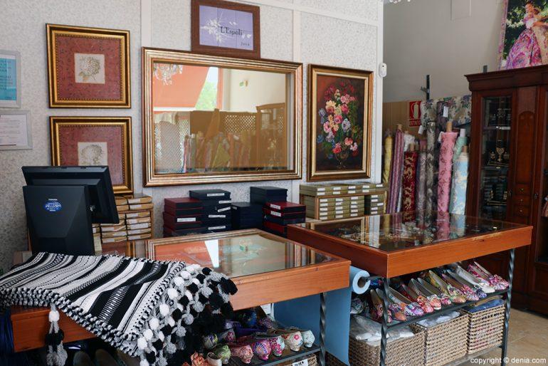 Interior tienda L'Espolí