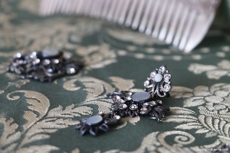 L'Espolí earring