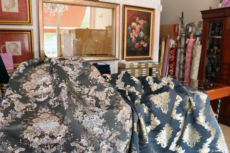 Dark fabrics skirt suit L'Espolí