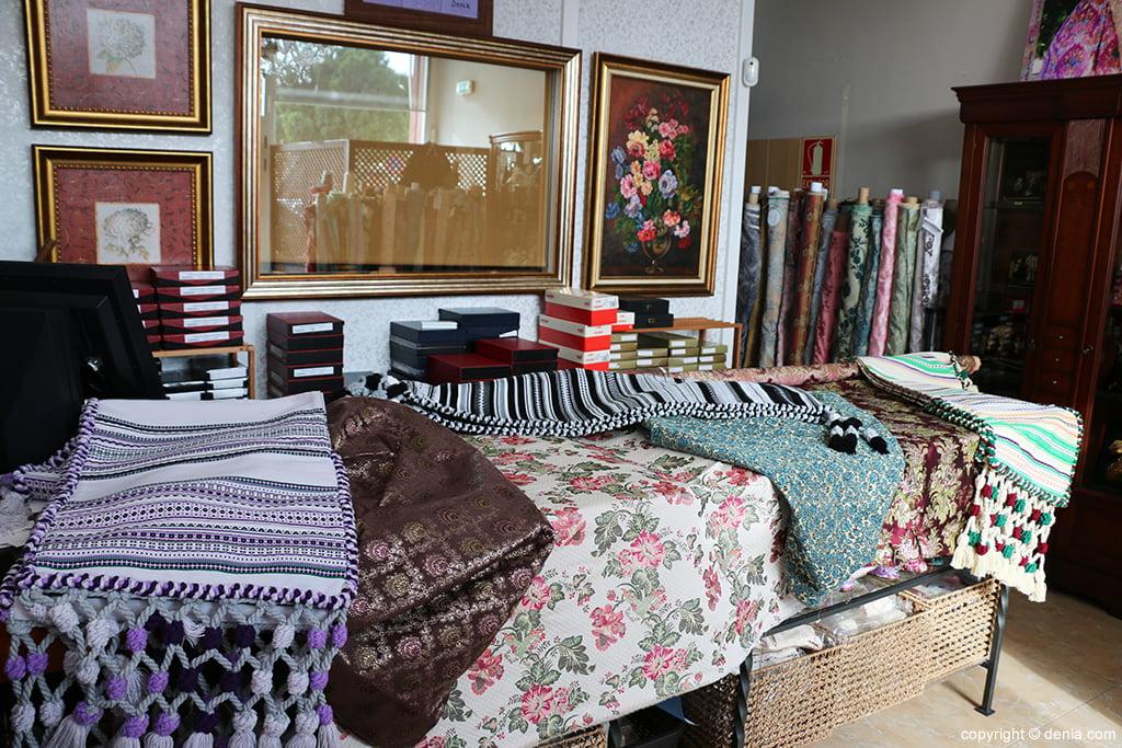 Morellan fabrics and blankets L'Espolí