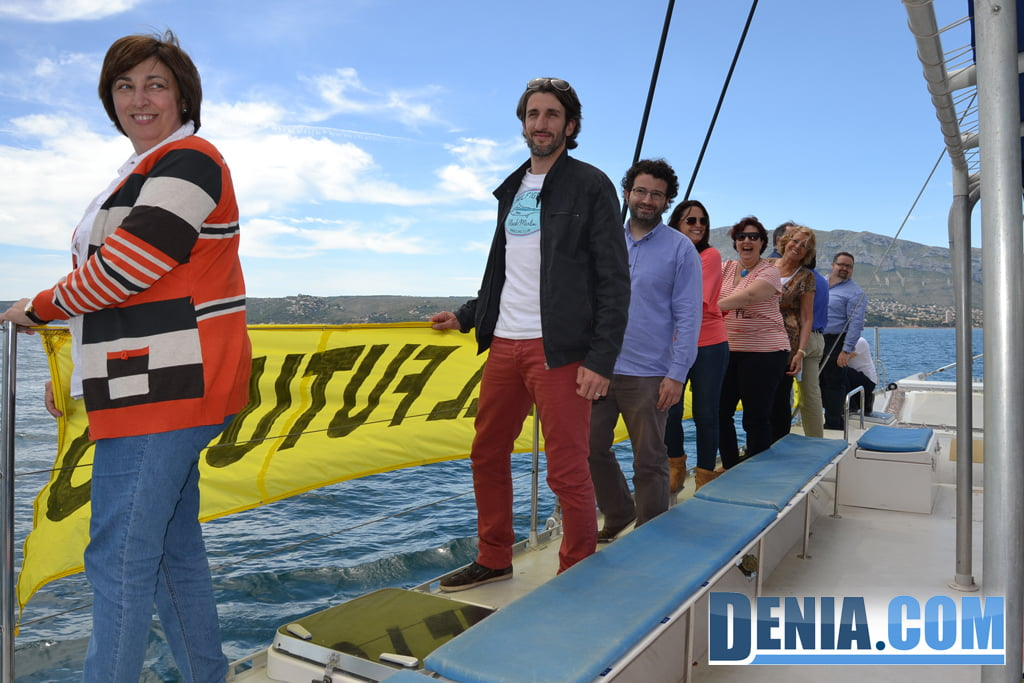 El Arctic Sunrise de Greenpeace visita Dénia 08