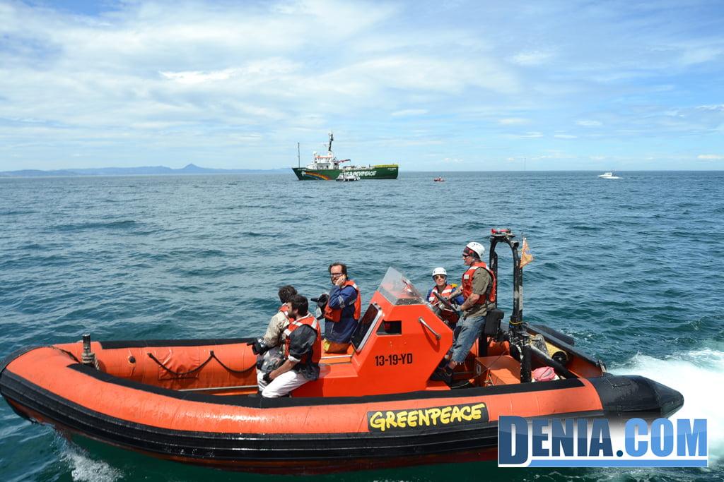 El Arctic Sunrise de Greenpeace visita Dénia 10