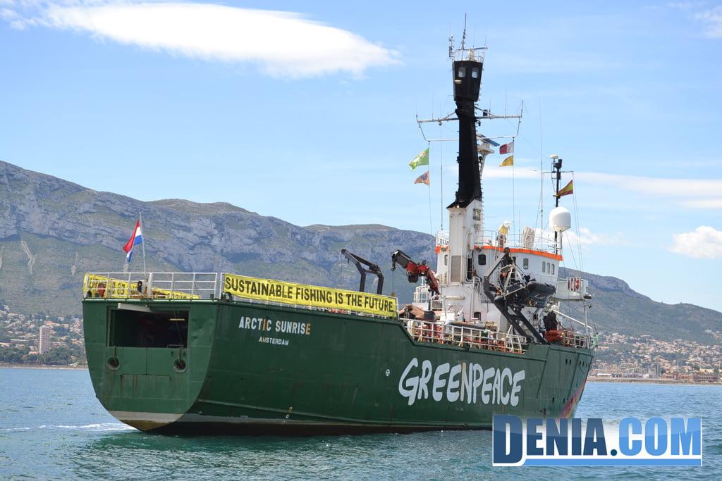 El Arctic Sunrise de Greenpeace visita Dénia 16