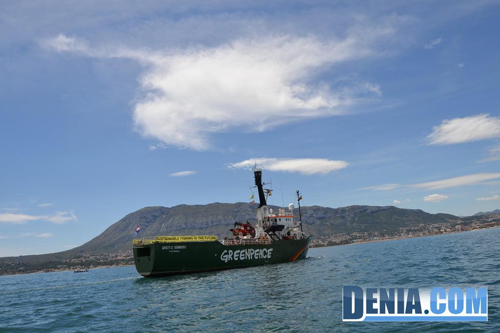 El Arctic Sunrise de Greenpeace visita Dénia 19