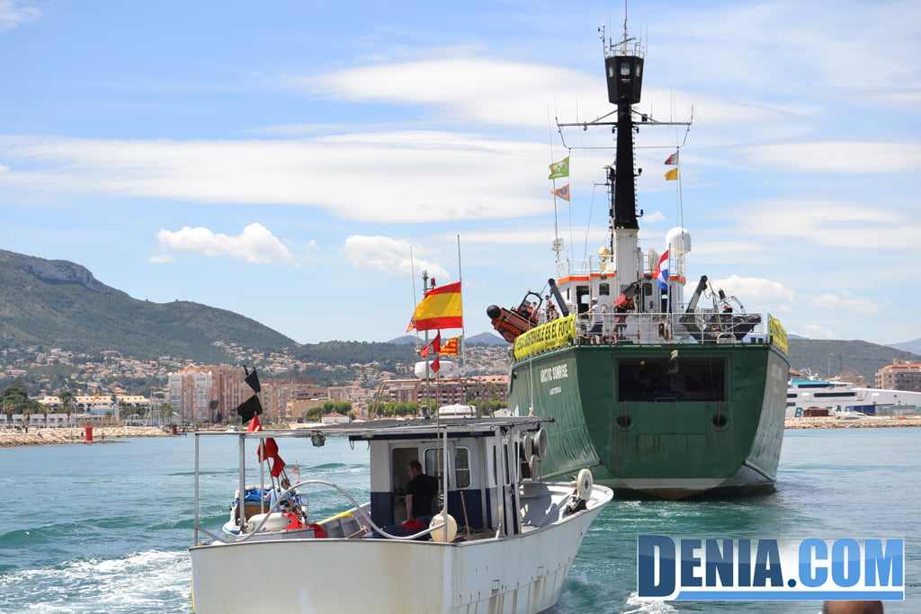 El Arctic Sunrise de Greenpeace visita Dénia 25