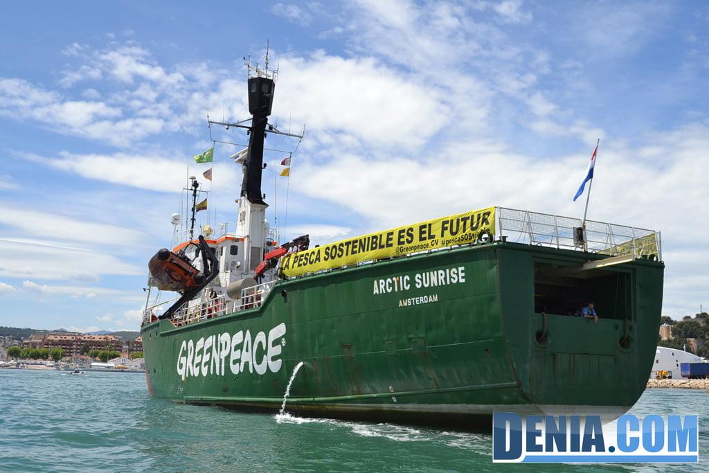 El Arctic Sunrise de Greenpeace visita Dénia 26