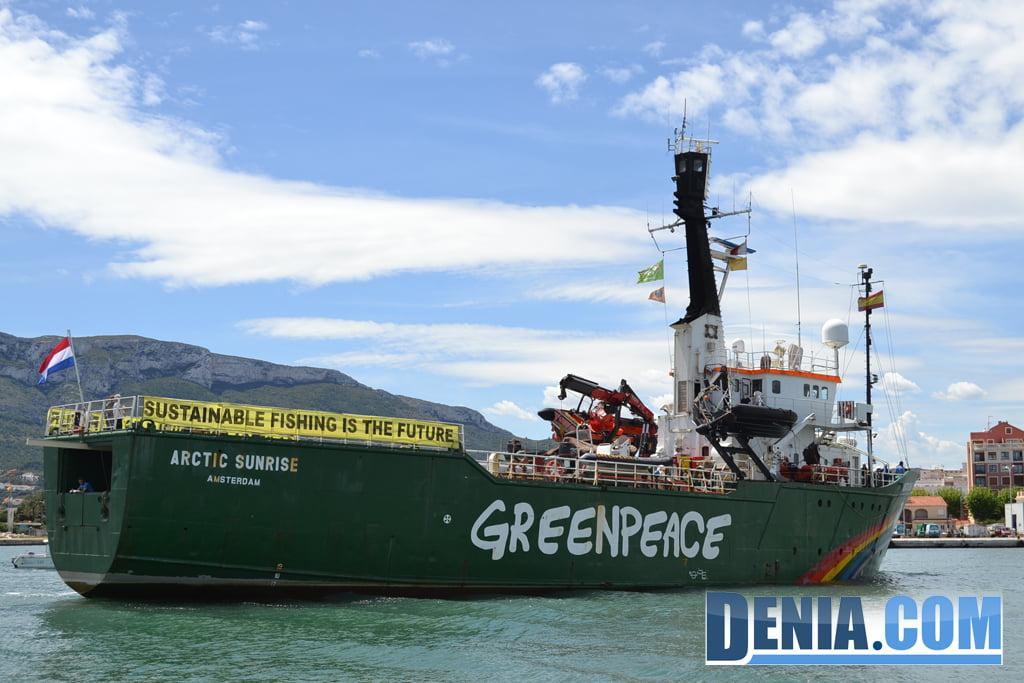 El Arctic Sunrise de Greenpeace visita Dénia 28
