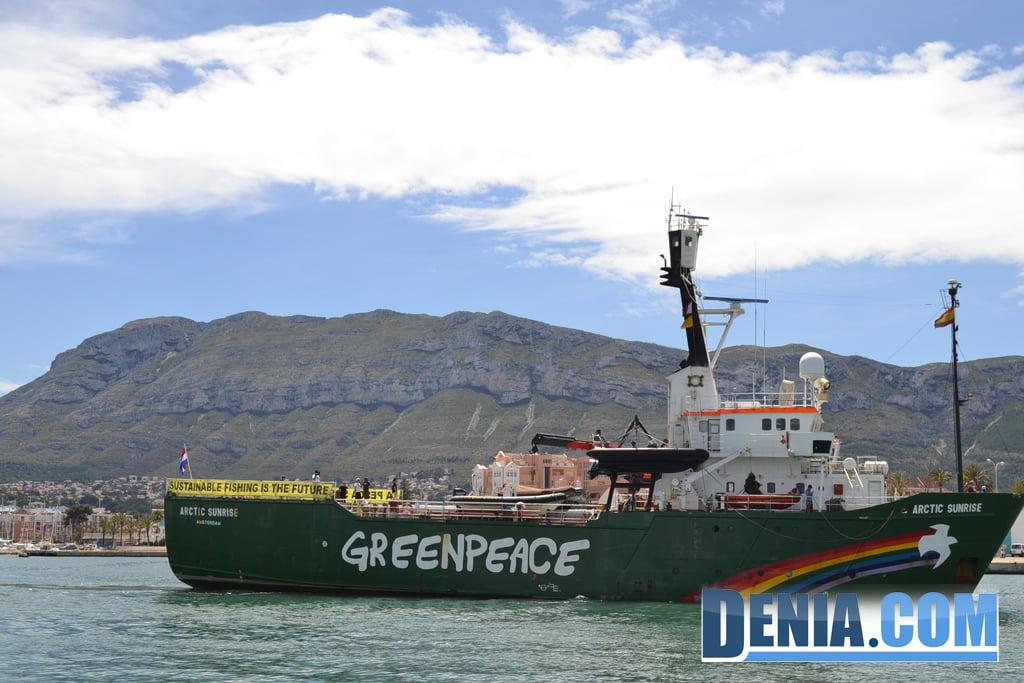 El Arctic Sunrise de Greenpeace visita Dénia 29