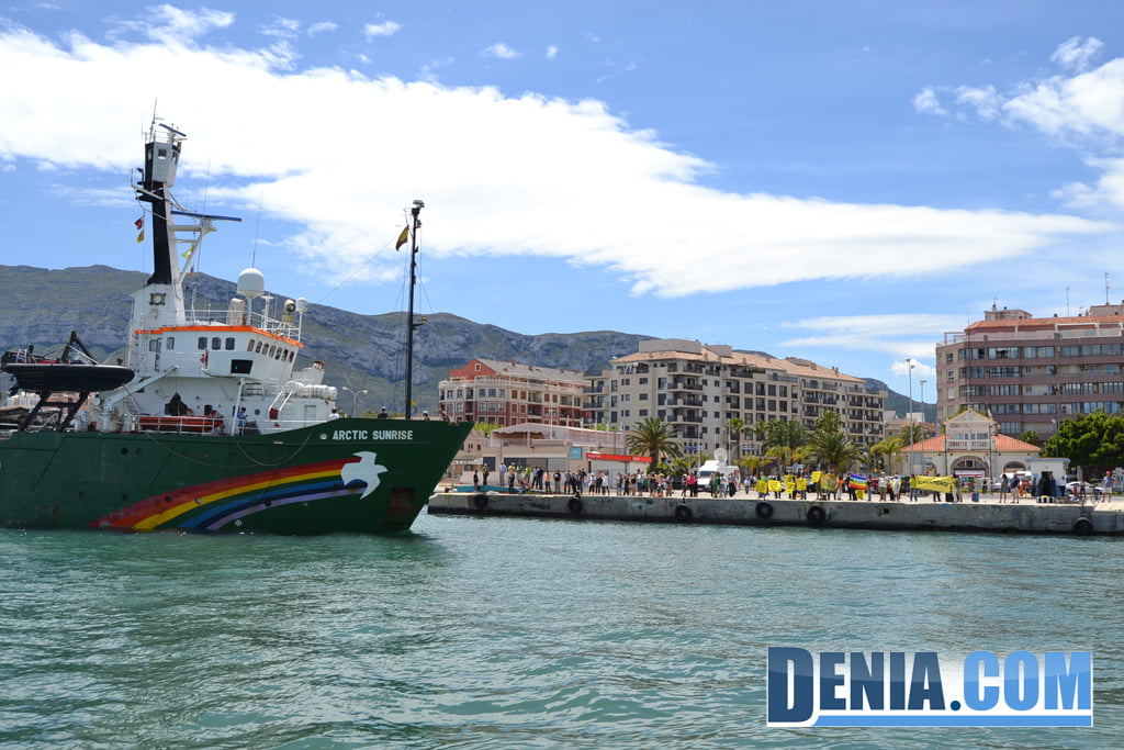 El Arctic Sunrise de Greenpeace visita Dénia 32