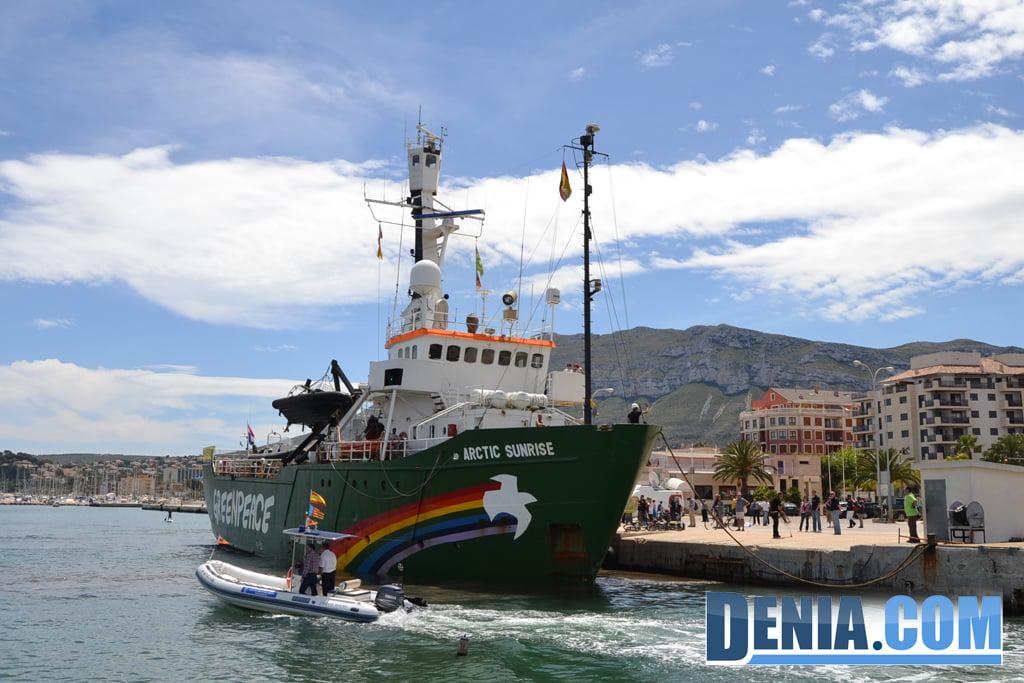 El Arctic Sunrise de Greenpeace visita Dénia 36
