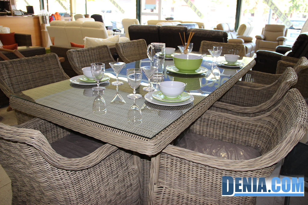 Mobelsol d nia muebles de jard n y terraza conjunto de for Mesa y sillas plastico jardin
