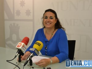 Isabel Gallego presenta el Festival Cultural de las Aulas de la Experiencia