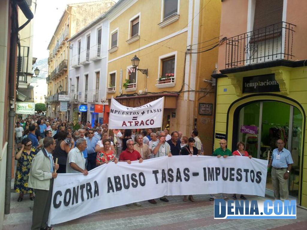 Manifestación Federación de Asociaciones de Vecinos de Dénia, 27 de junio