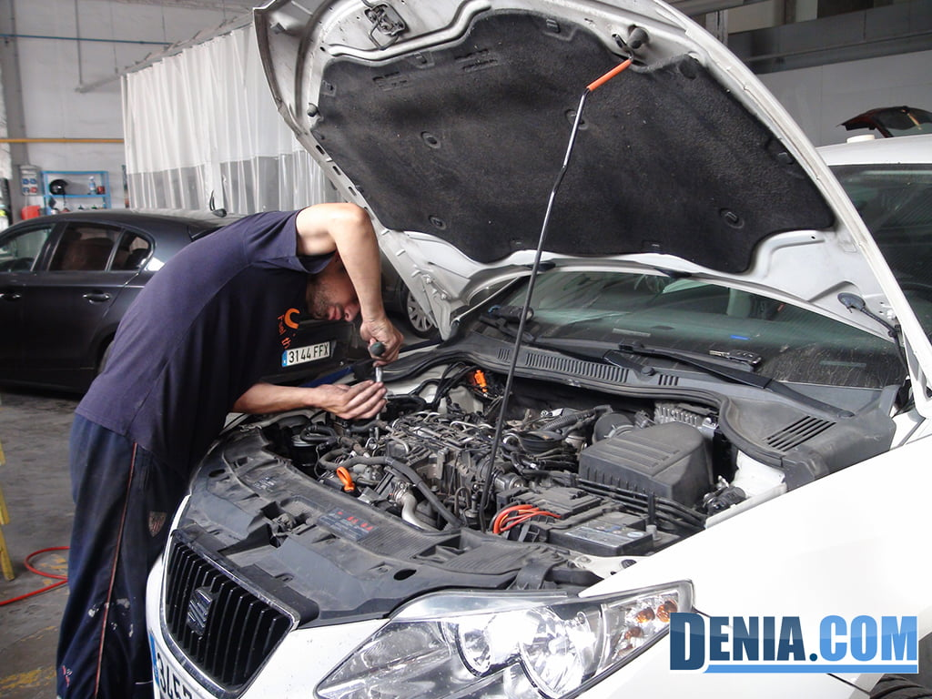 Talleres salv taller mec nico de coches y sistemas - El taller de pinero ...