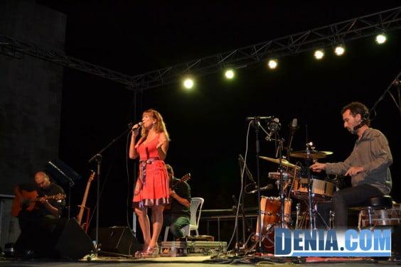 Actuación de María Salgado en Dénia
