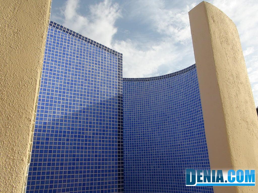 Jimenez service construcci n de duchas exteriores para for Duchas para piscina