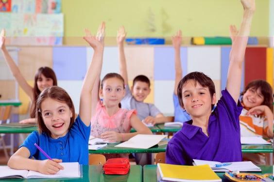 Oferta especial vuelta al colegio de Centro Quiropráctico Dénia, revisión columna vertebral para niños 40 euros