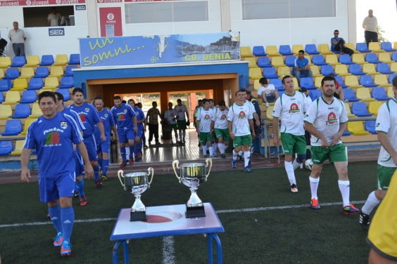 Veterans Oliva defend the title of champion league and cup