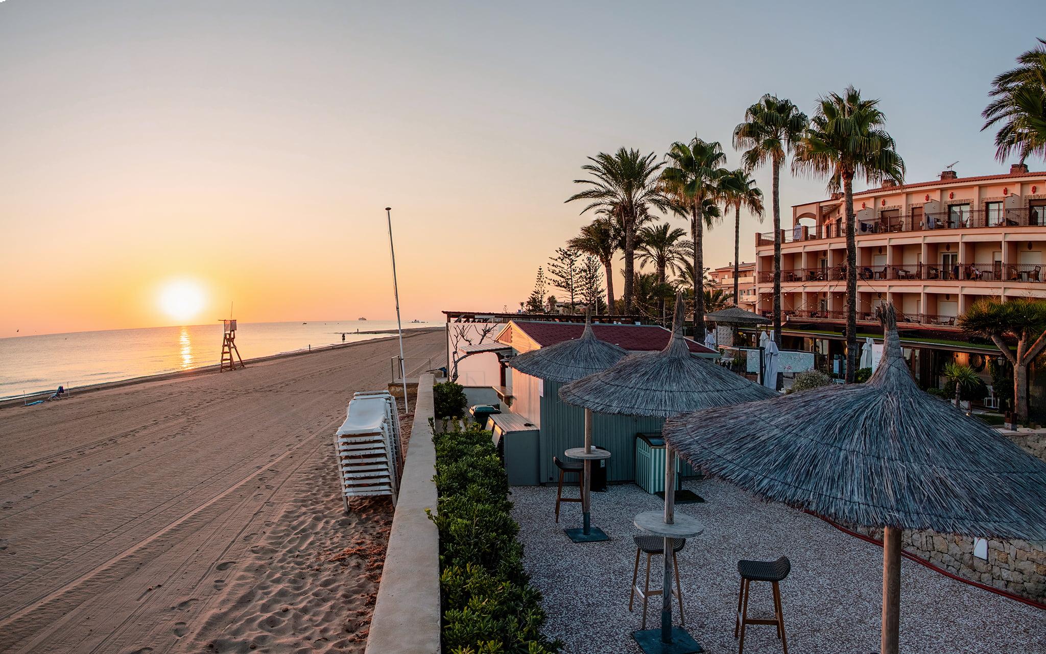 Hotel primera linea en Dénia – Hotel Los Angeles