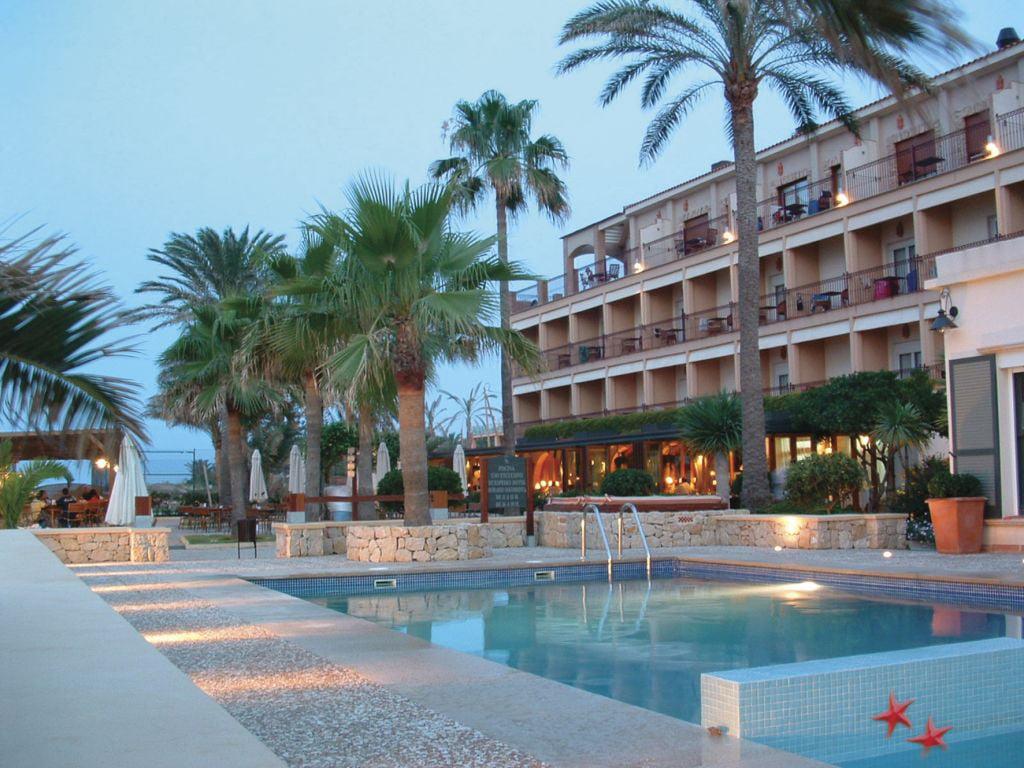 Piscina Hotel Los Ángeles