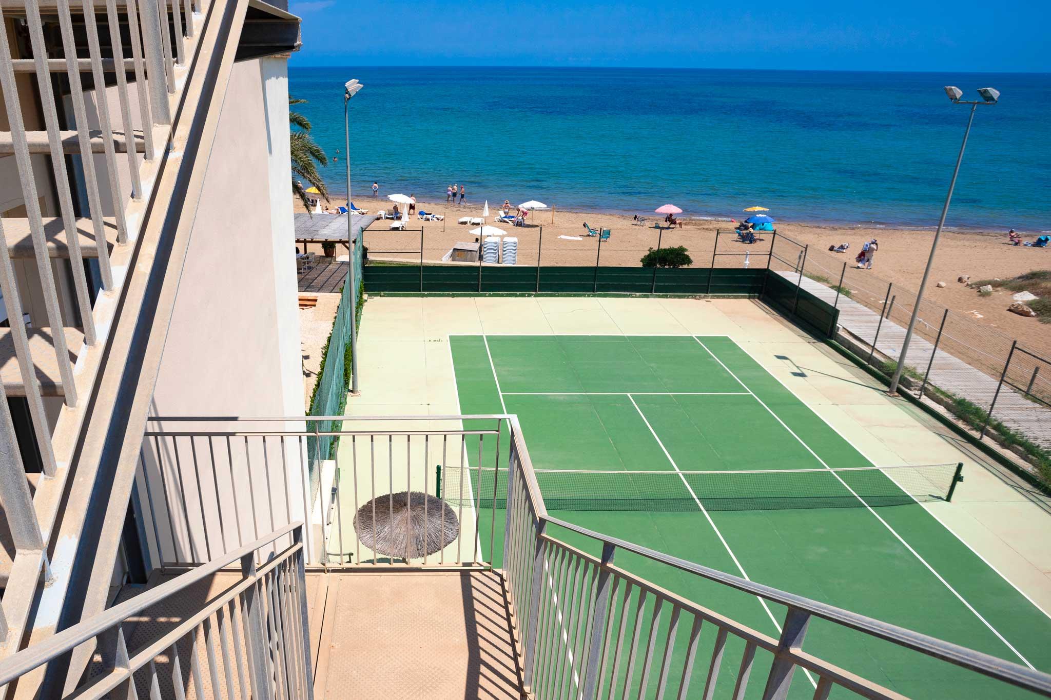 Pista de tenis en Denia – Hotel Los Angeles