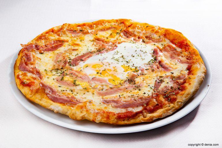 Pizza amb ou Sandunga 52
