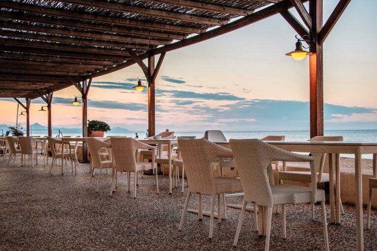 Restaurante frente al mar en Dénia - Hotel Los Angeles