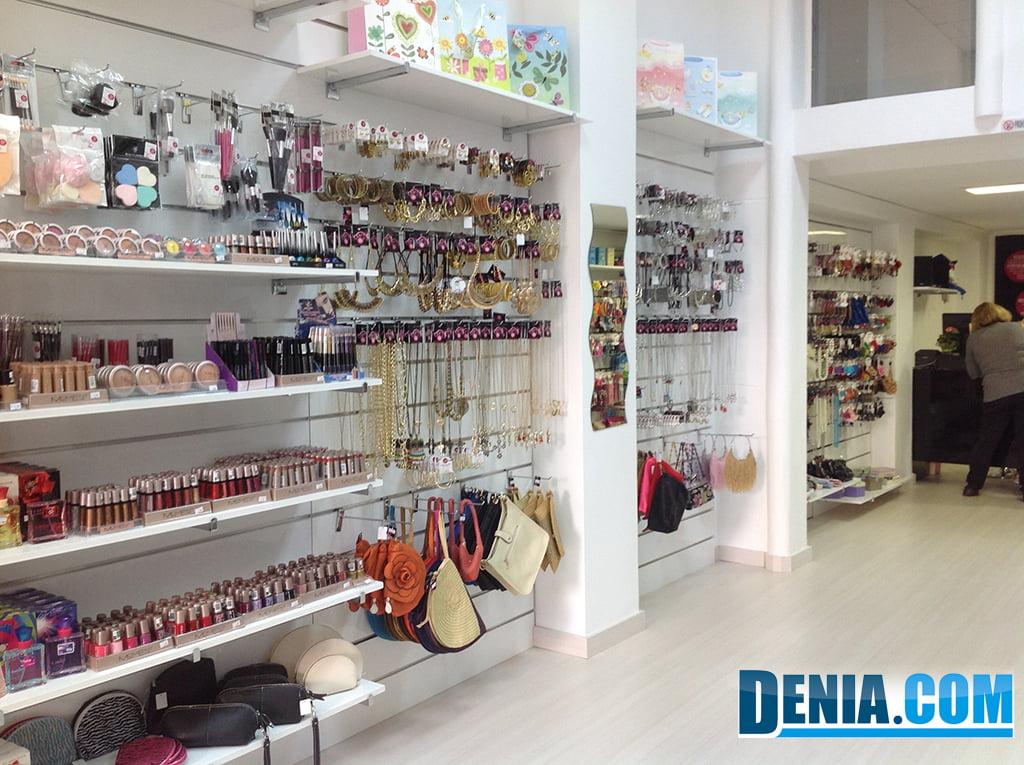 Happy and Funny, artículos de maquillaje y bisutería a 1,99\u20ac en Dénia