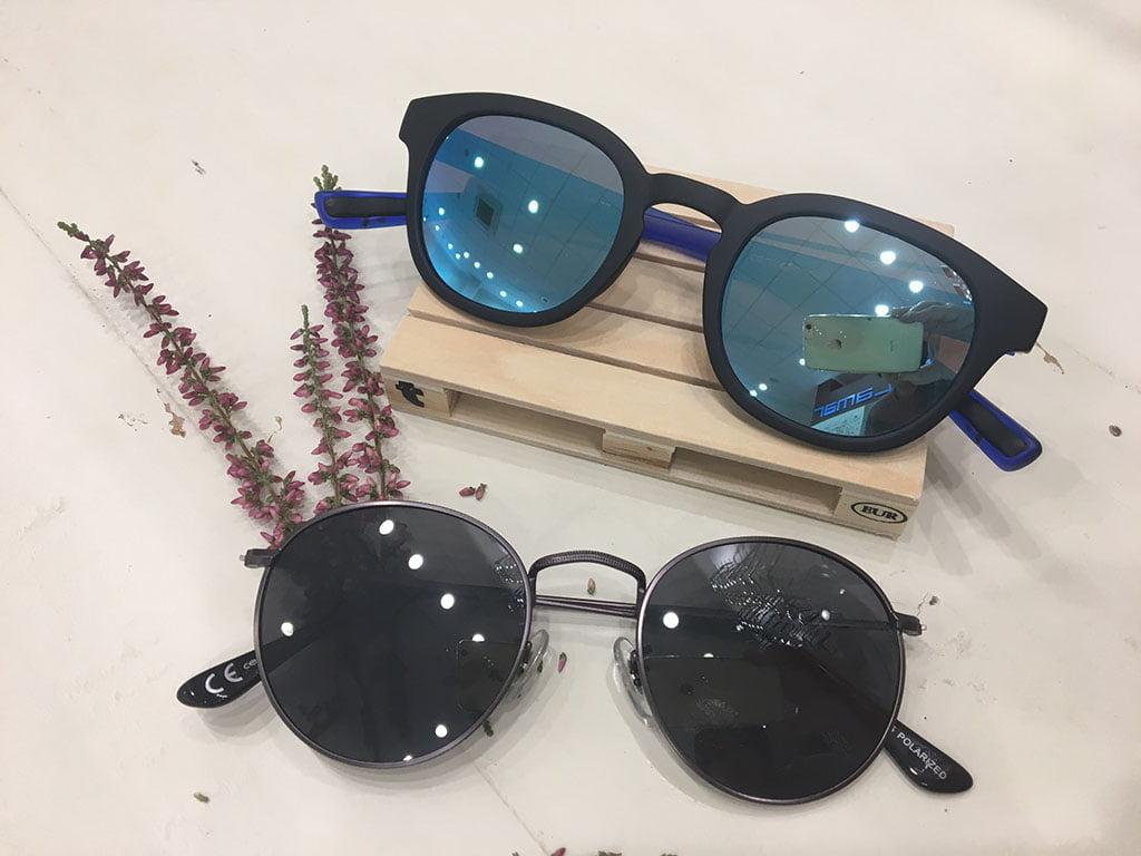 Dos gafas de sol Delamar Optics