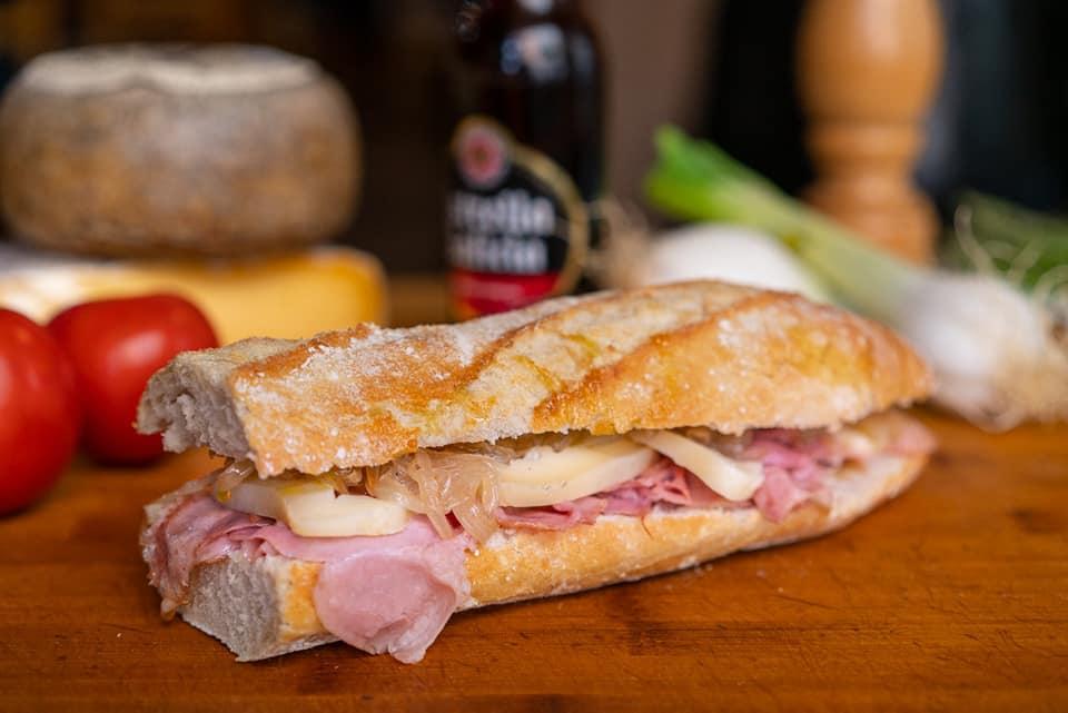Sandwich zeichnen El Mosset
