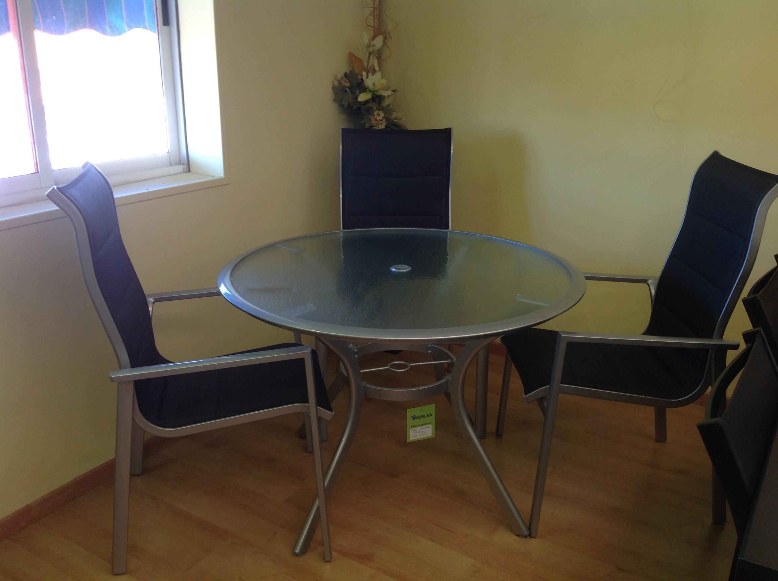 Zeichnen Mobelsol Tisch 105 Cm Im Durchmesser Und Drei Aluminium