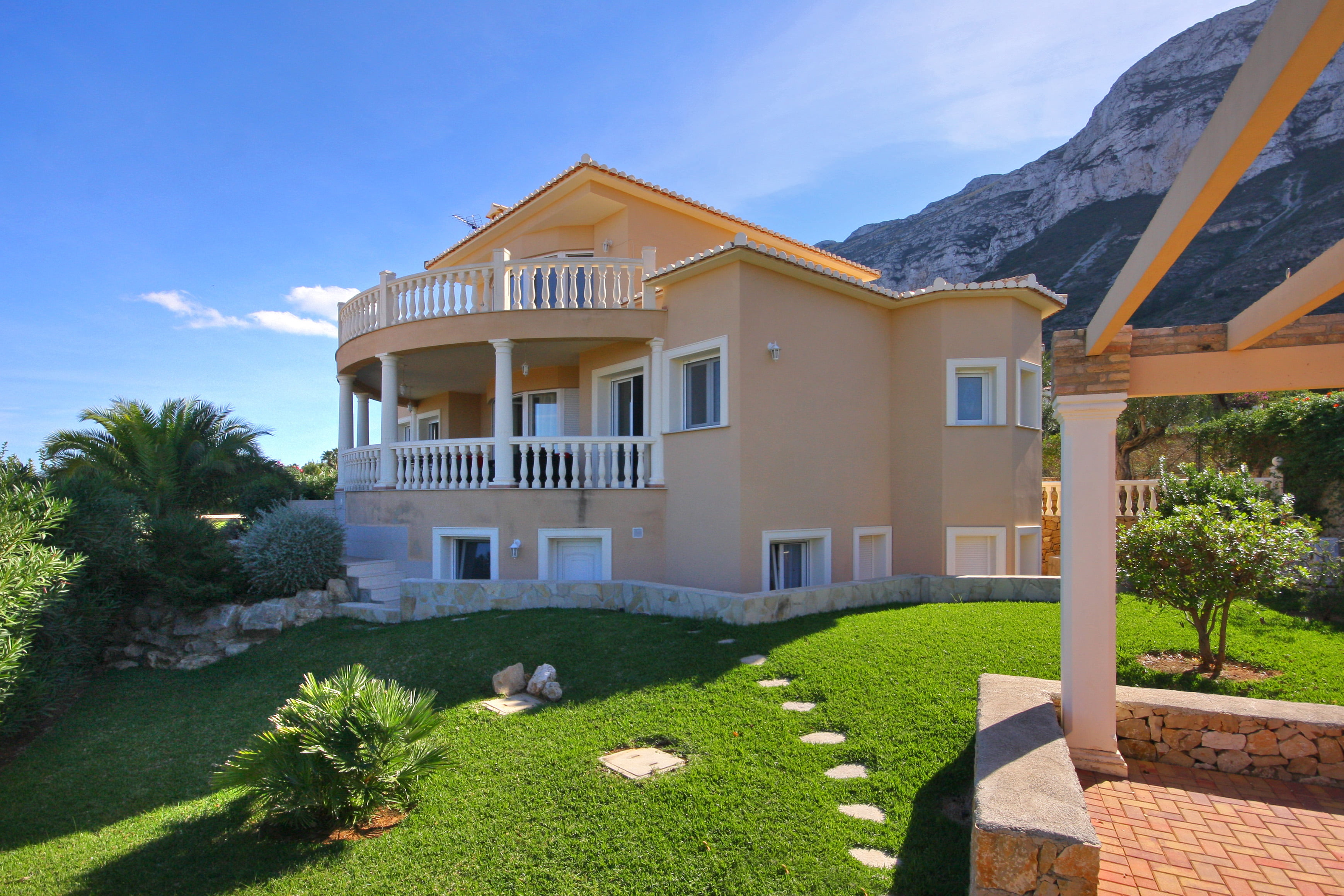 Villas en venda a Costa Blanca Property Consulting