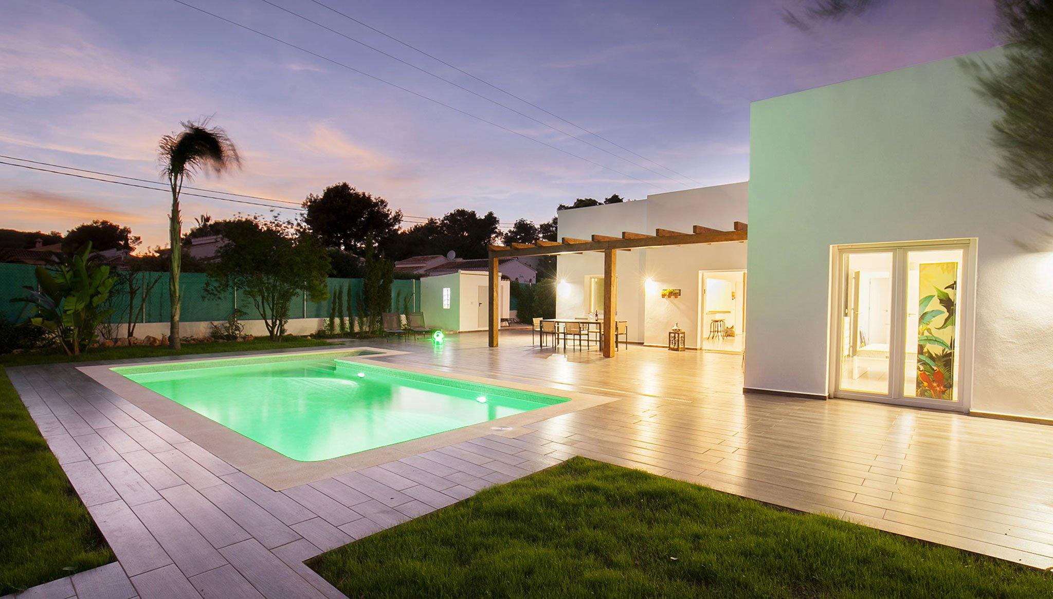 Exterior increïble xalet - Quality Rent a Vila