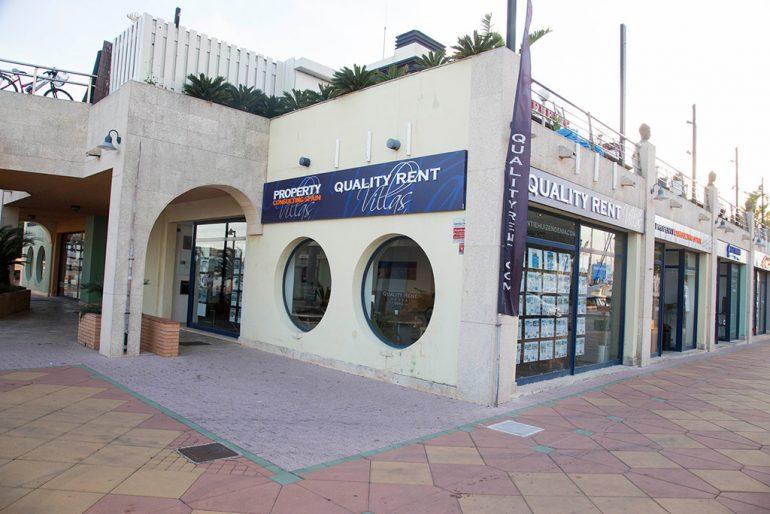 Exterior Oficina Quality Rent a Vila