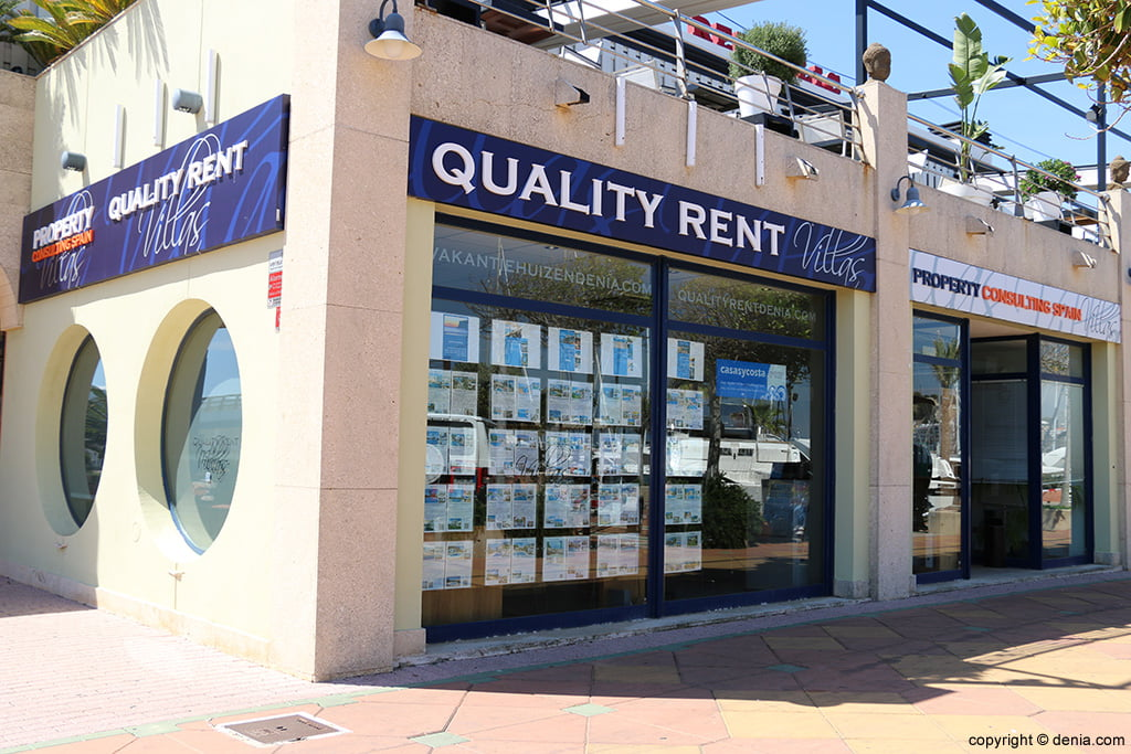 Quality Rent a Vila entrada