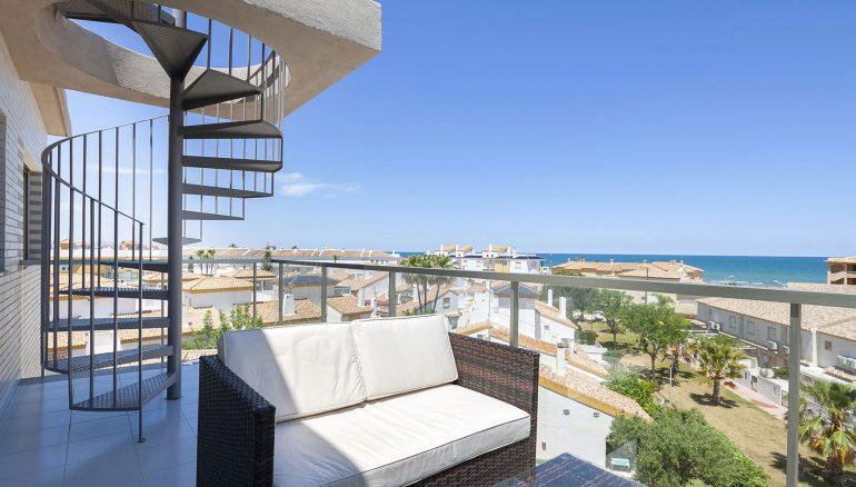 Terraza y vistas apartamento - Quality Rent a Villa