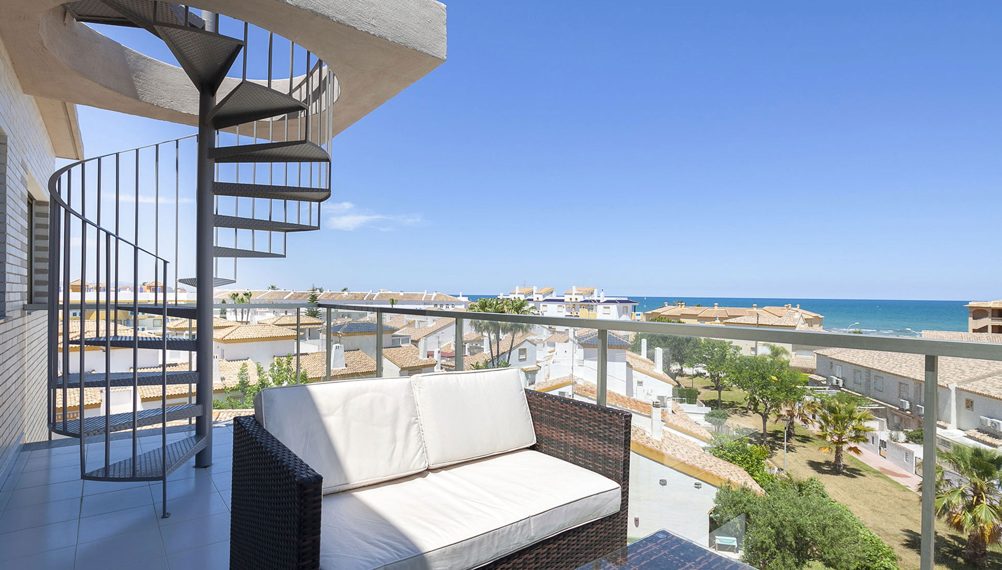 Terrace and apartment view - Quality Rent a Villa