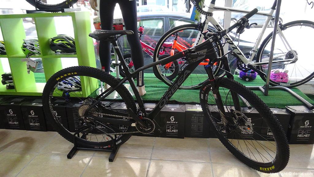 Bicicleta Orbea negra