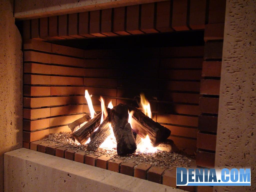Chimeneas en d nia fuego difusi n y energies d - Fuego decorativo para chimeneas ...